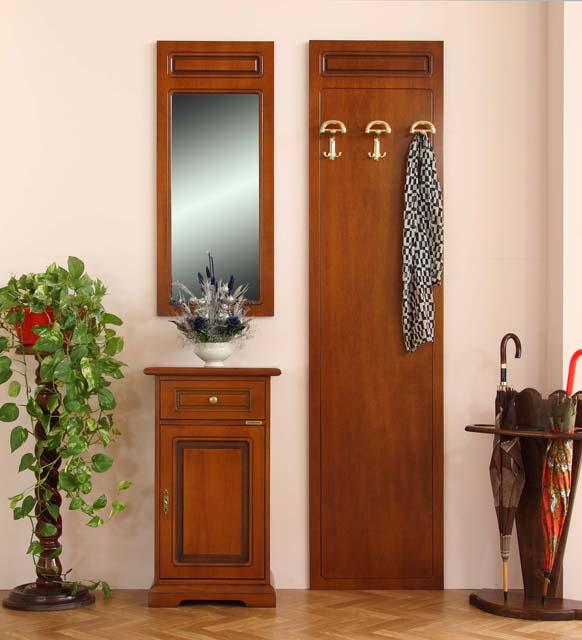 Composizione mobili ingresso pannello appendiabiti for Ingresso casa classica